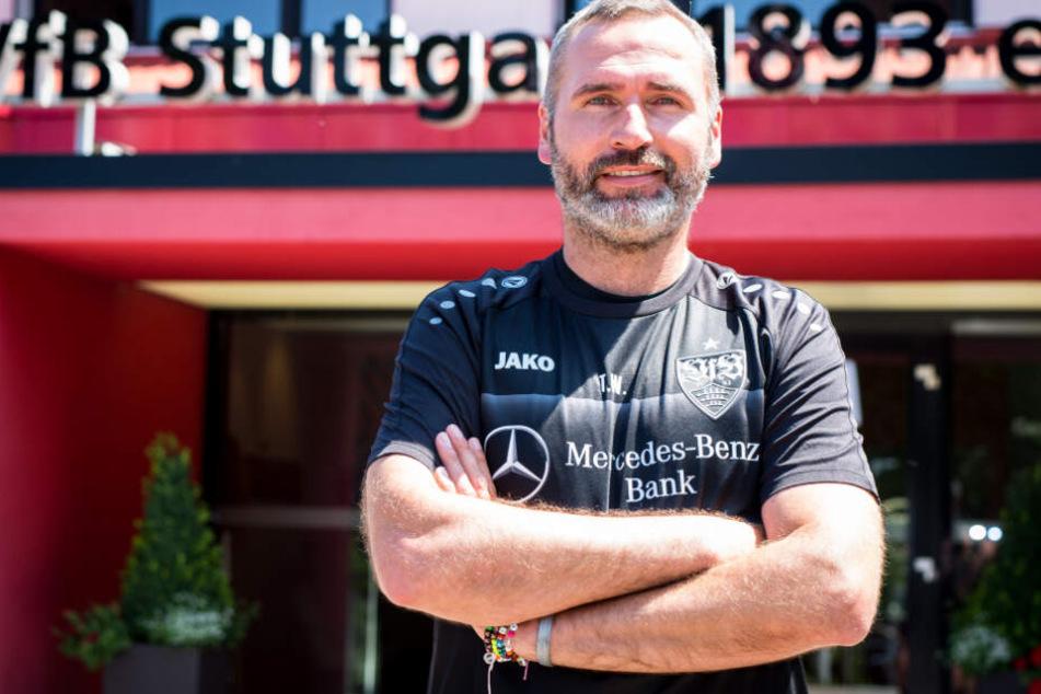 Der VfB Stuttgart präsentiert seinen neuen Cheftrainer Tim Walter.