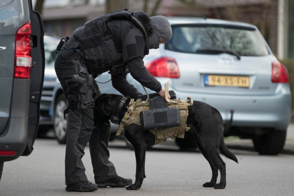 Auch ein Terrorismusbekämpfungs der Polizei kam in Utrecht zum Einsatz.