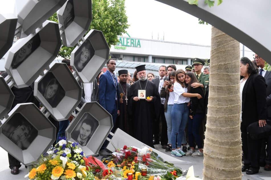 Wegen Rassismus: OEZ-Denkmal erhält eine neue Inschrift