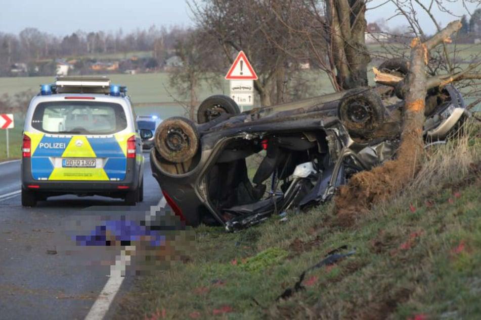 Die Unfallstelle auf der S177 im sächsischen Landkreis Meißen.