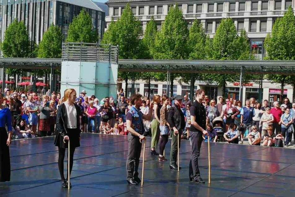"""Die Gruppe """"Tap for Fun"""" präsentierte Swing Step und Irish Step."""