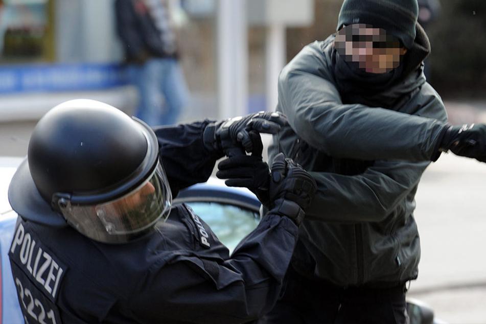 Polizisten in Thüringen werden immer häufiger Opfer von gezielter Körperverletzung.