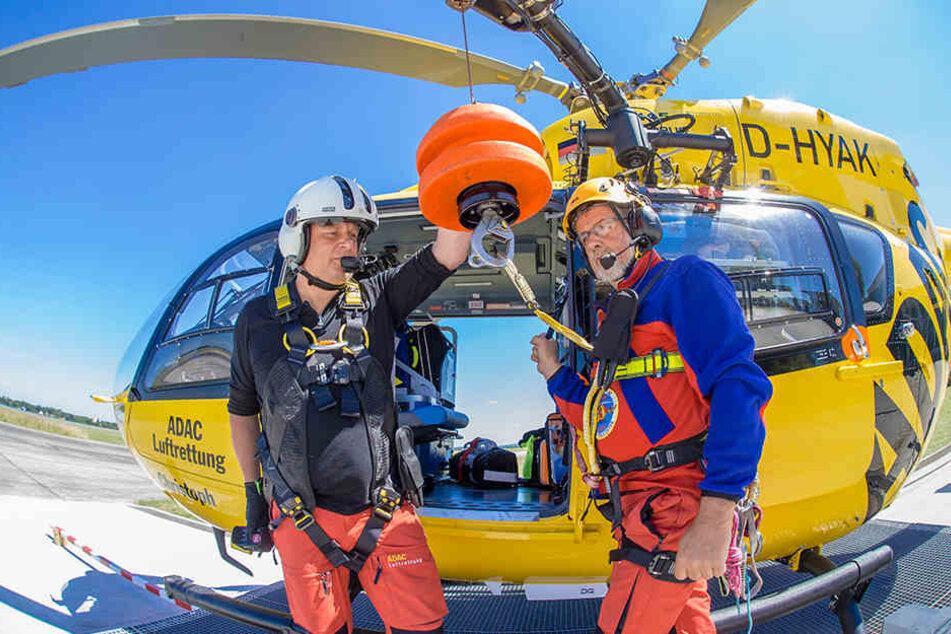 Notfall-Sanitäter Kaj Jende und Bergwacht-Luftretter Matthias Riffer - ein gutes Team für den Einsatz zwischen Himmel und Erde.