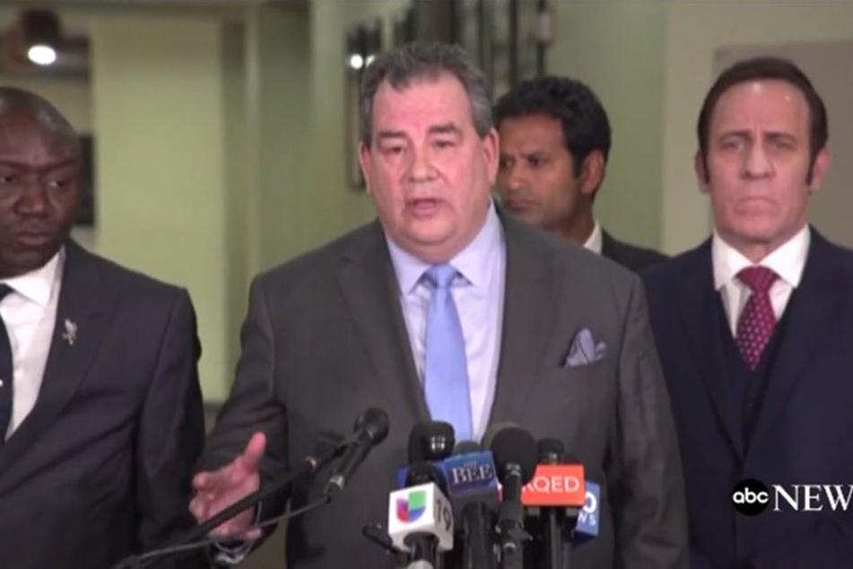 Auf der Pressekonferenz am Freitag bestätigte ein Arzt, dass Stephon Clark seitlich von den Kugel getroffen wurde.
