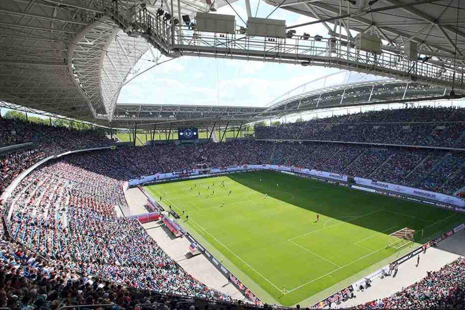 Die Red Bull Arena ist mit knapp 43.000 Plätzen zu klein für die Ansprüche von RB.