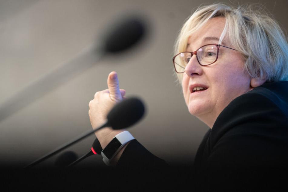 Die entsprechende Kabinettsvorlage von Baden-Württembergs Wissenschaftsministerin Theresia Bauer (Grüne) soll in der kommenden Woche beschlossen werden.