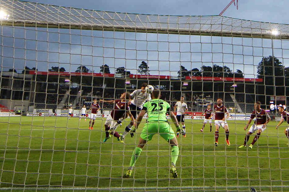 Das 2:0 in der 15. Minute durch Ex-Dynamo Tim Kister war in Sandhausen schon die Vorentscheidung.