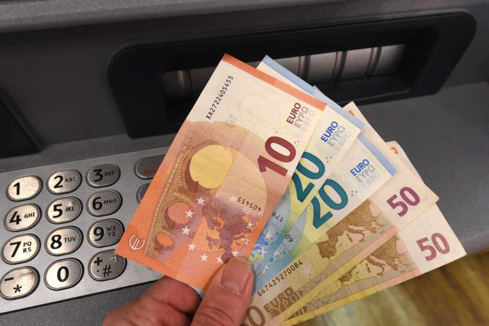 Geldscheine (Symbolbild).