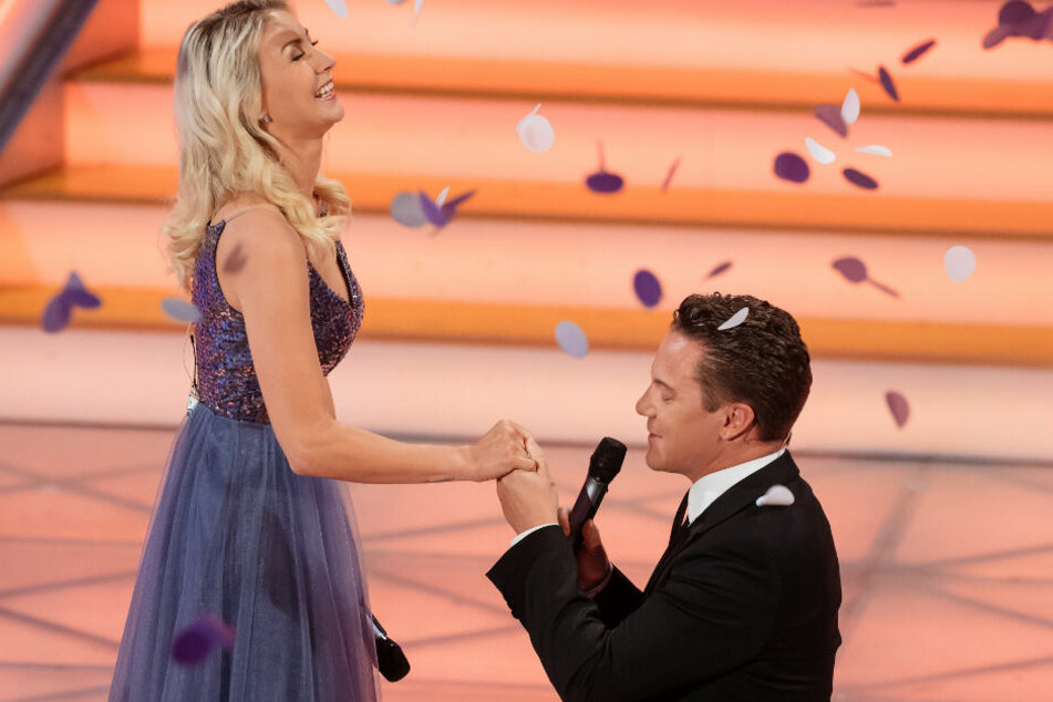 Schönes Paar: Stefan Mross (44) und Anna-Carina Woitschack (27).