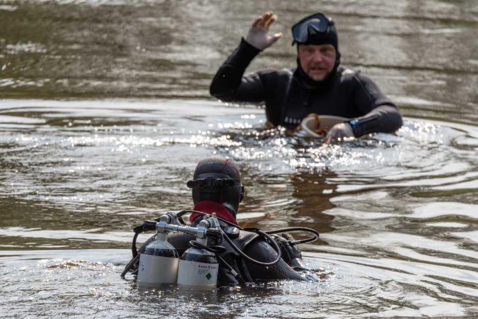 Toter Student in Fluss versenkt: Polizei sucht nach weiteren Leichenteilen