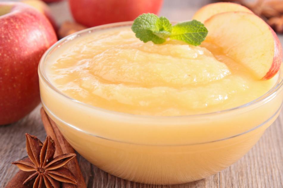Pestizide und zu viel Zucker: Apfelmus und Apfelmark im Test