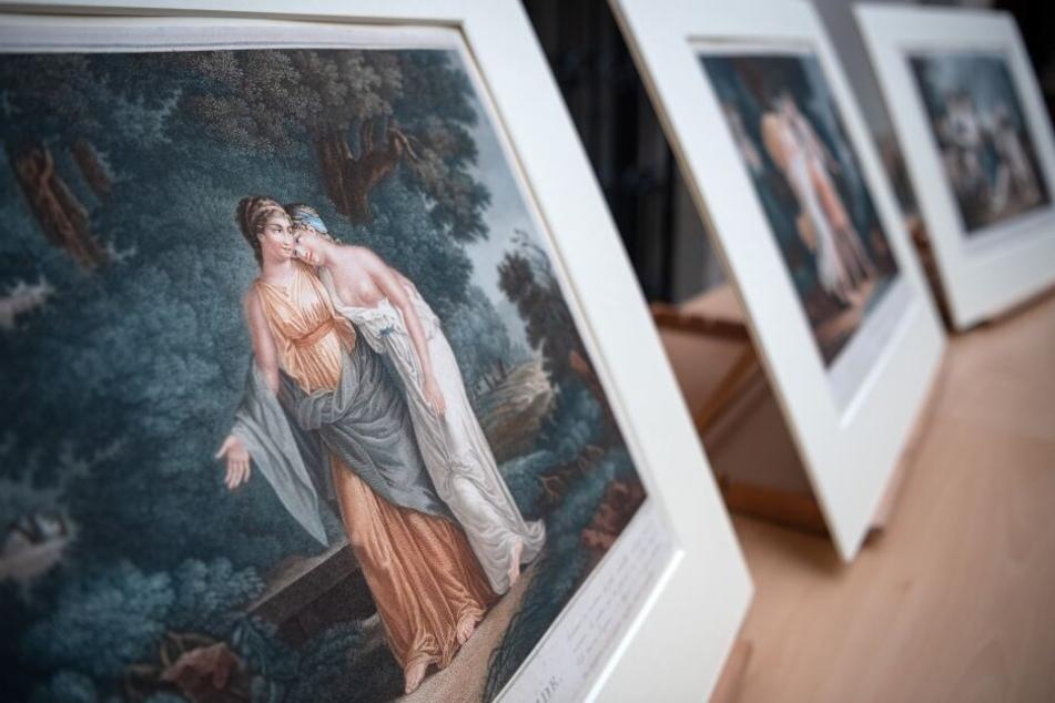 """Der Farbstich """"Semire et Melida - Zwei Frauen in arkadischer Landschaft"""" von Louis Francois Mariage (Ende 18. Jahrhundert) und weitere Farbstiche wurden an die Erben zurück gegeben."""