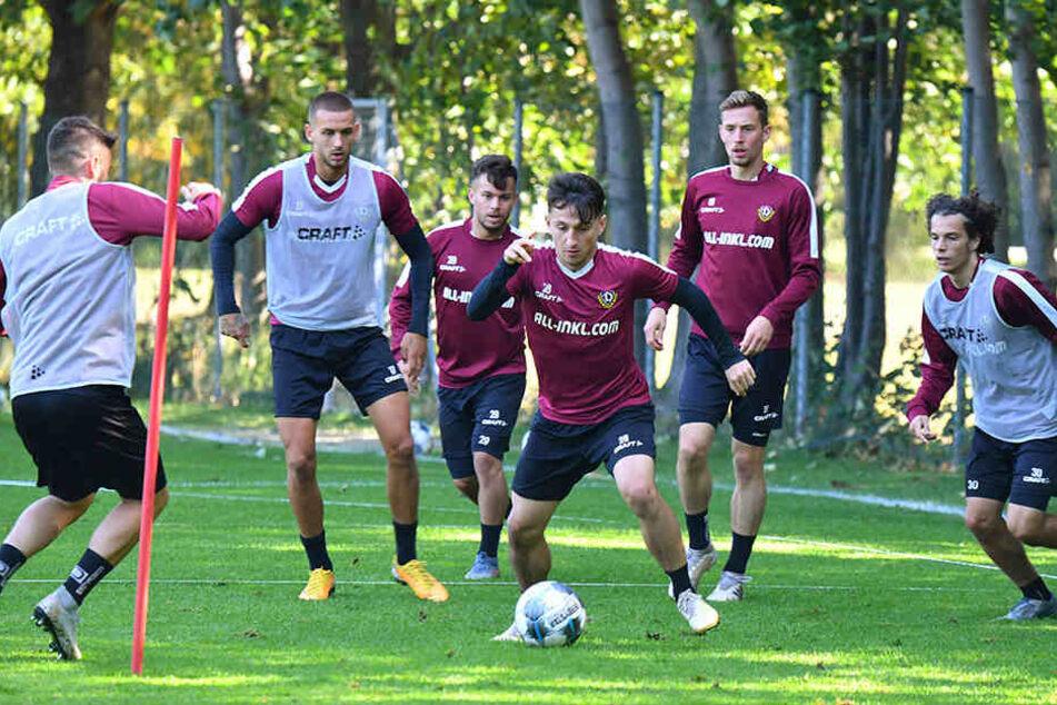 Bei Dynamo wird derzeit fleißig trainiert - bis zum gestrigen Dienstag aber ohne die Auswahlfahrer.