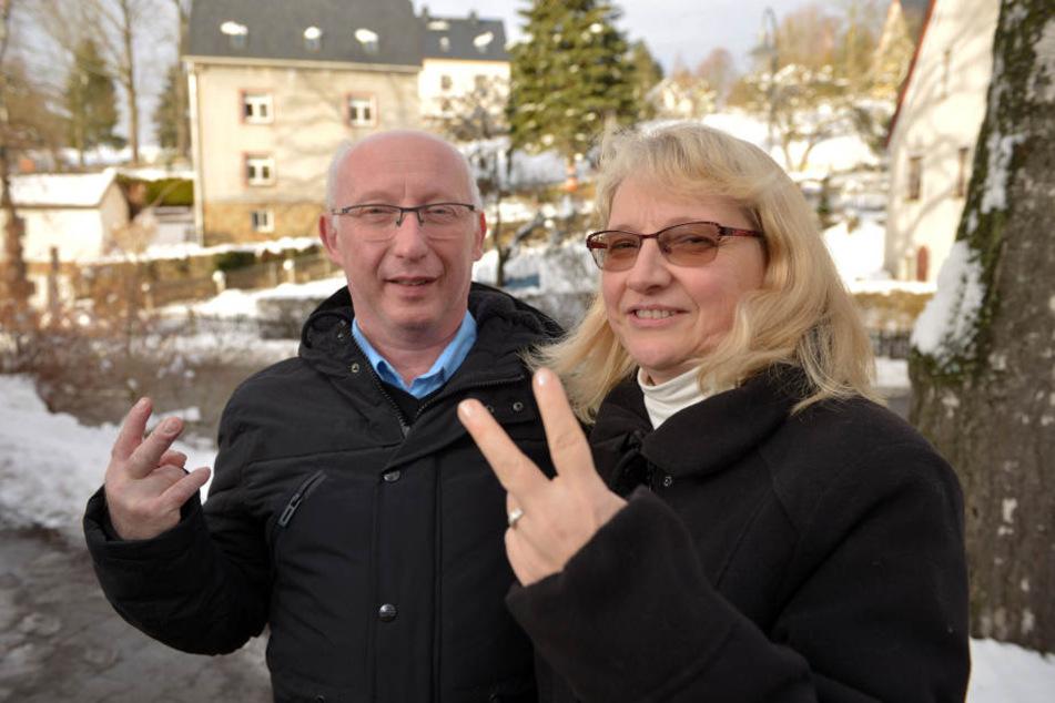 Mehr als stolz: Manuela (52) und Raimund Rösch (54) haben ihren Sohn in Berlin unterstützt. Auch die After-Show-Party der Castingshow haben sie sich nicht entgehen lassen.