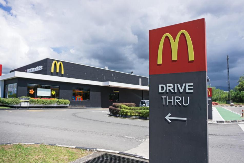 Die schreckliche Tat geschah in einem McDonald's.