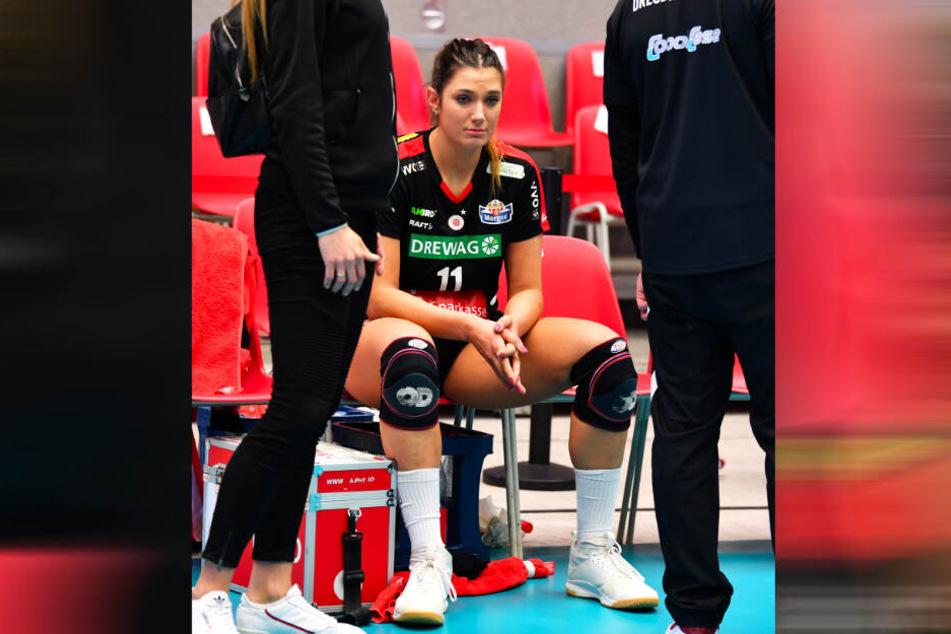 Milica Kubura saß nach dem Spiel traurig und mit schmerzender Schulter da.