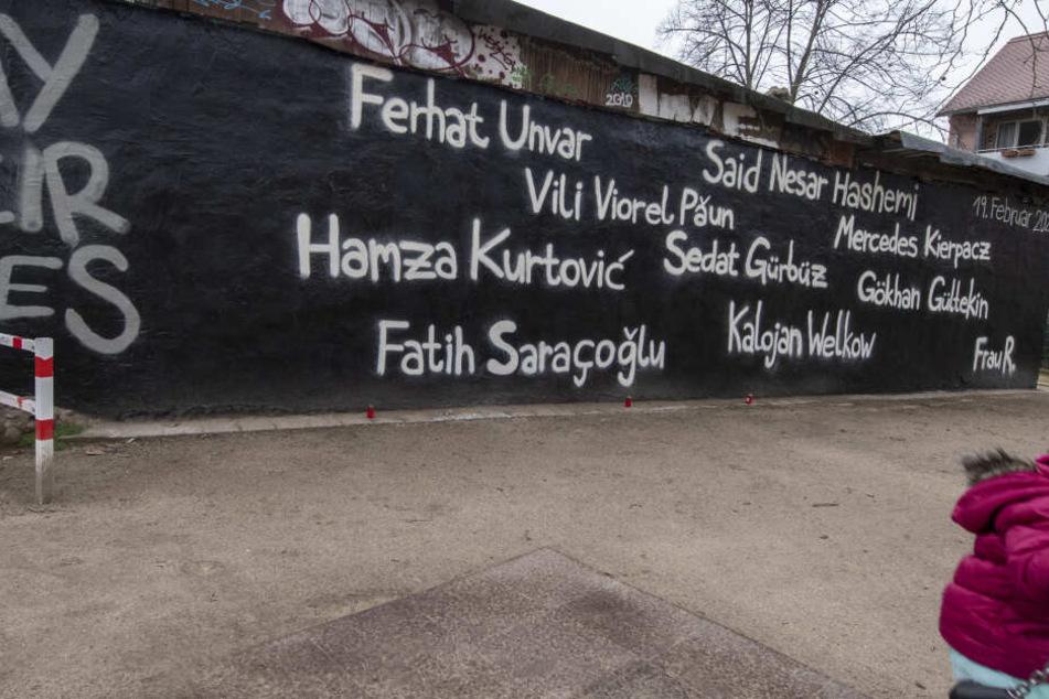 Blutnacht mit elf Toten in Hanau: So rührend gedenkt die Stadt der Opfer