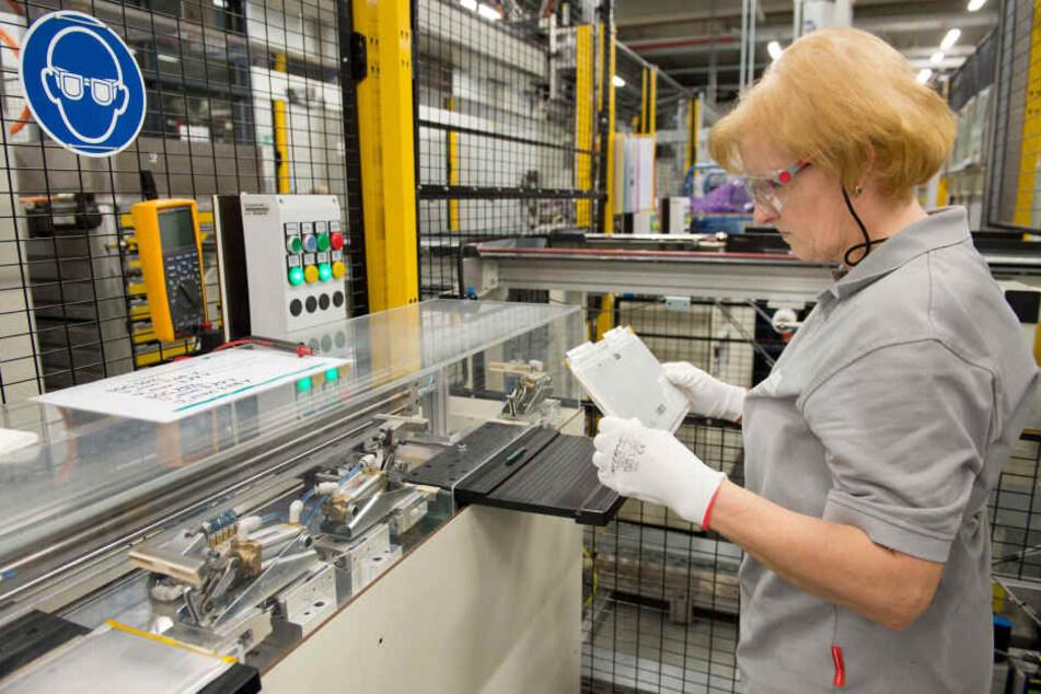 Produktion im bestehenden Werk in Kamenz: Daimler will hier bis Jahresende 1000 Mitarbeiter beschäftigen.