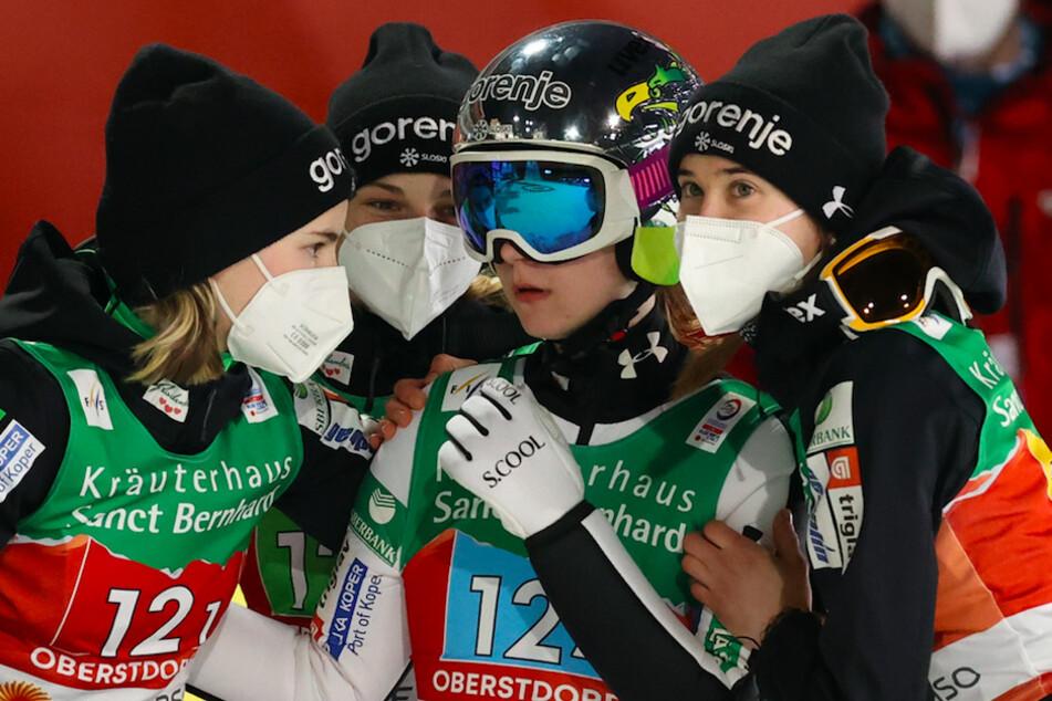 Drei positive Corona-Tests bei Nordischer Ski-WM! Diese Teams sind betroffen