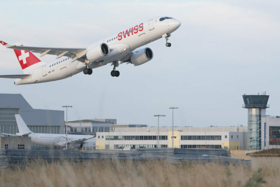 """""""Corona ist nicht vorbei"""": Sachsens Flughäfen bieten kostenlose Corona-Tests an"""