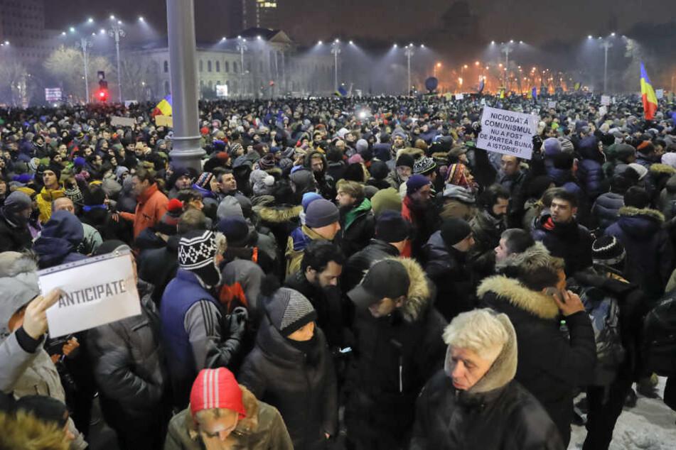 Die Protestler demonstrierten gegen ein neues Korruptionsgesetz.