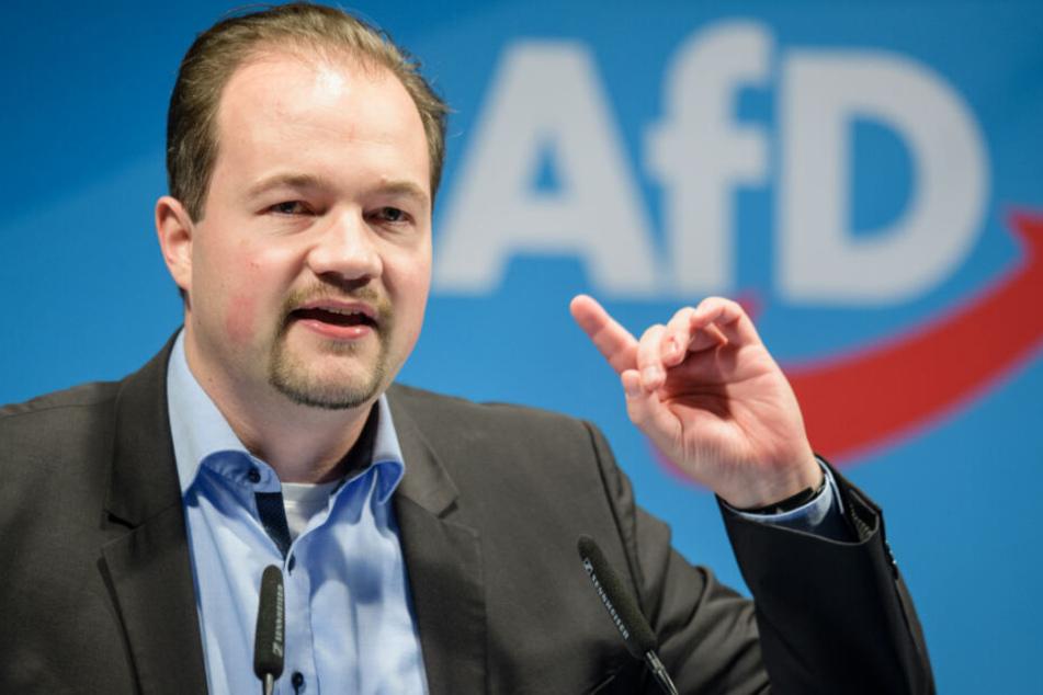 Martin Sichert hat sich zu einem AfD-Parteitag vor der Sommerpause geäußert.