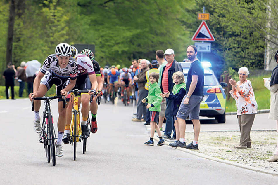 Die Tour in den Bergen bot tollen Sport, gnadenlose Anstiege und begeisterte Zuschauer.