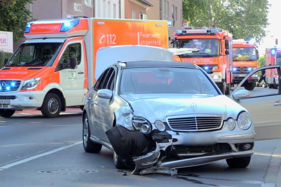 Schwerer Verkehrsunfall in Mettmann mit sechs Verletzten