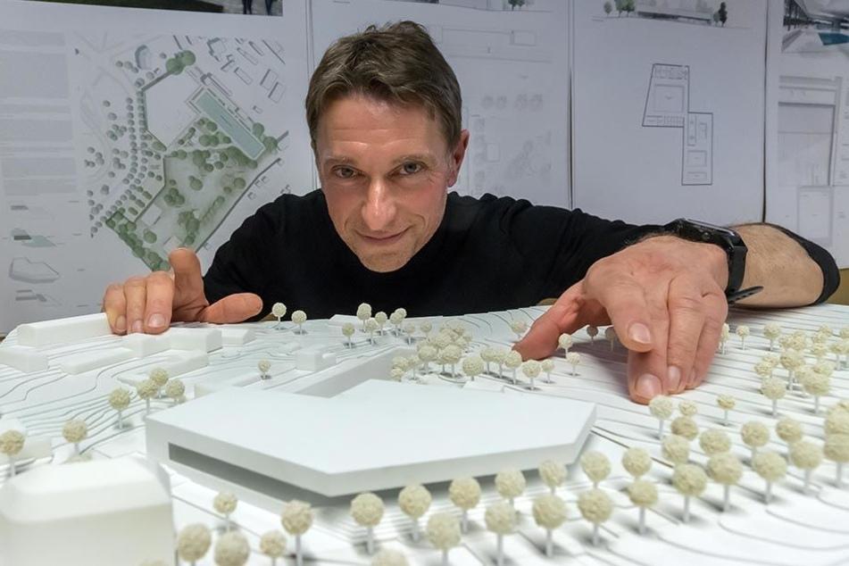 So sieht die Schwimmhalle in Bernsdorf nach dem Willen von Architekt Martin Boden-Peroche (49) aus. Baustart: 2019.