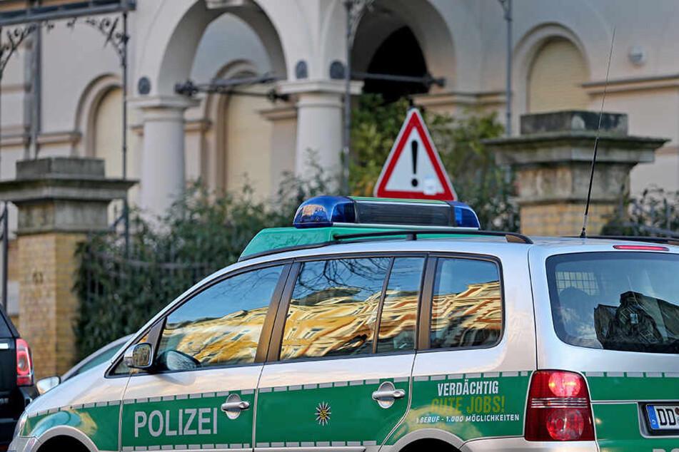 Die beiden Angeklagten müssen sich wegen eines Anschlags auf die Wohnung des sächsischen Justizminister Sebastian Gemkow verantworten.