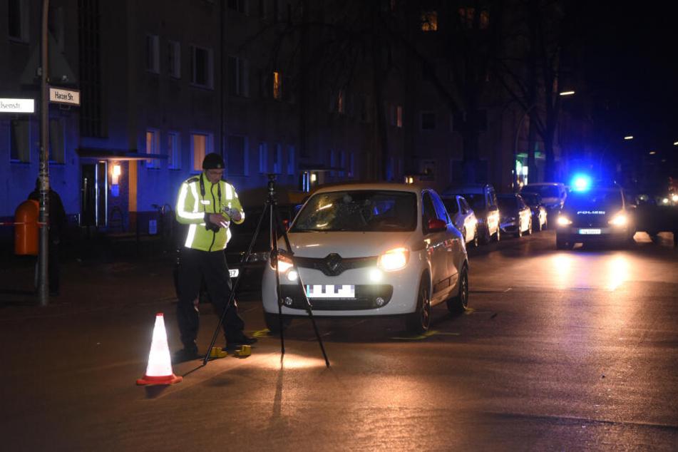 In Berlin-Neukölln ist es am Mittwochabend zu einem schweren Unfall gekommen.