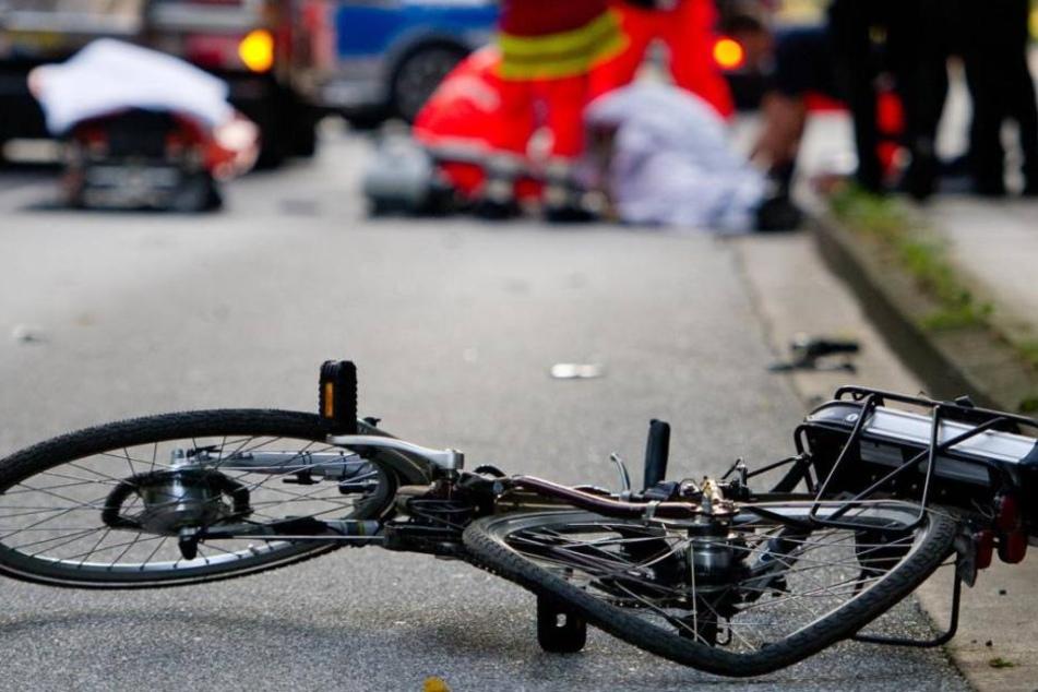 Der 54-jährige Radler fuhr ungebremst in die Seilfalle. (Symbolbild)