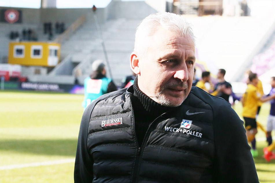 Pavel Dotchev machte Martin Männel zum Kapitän.