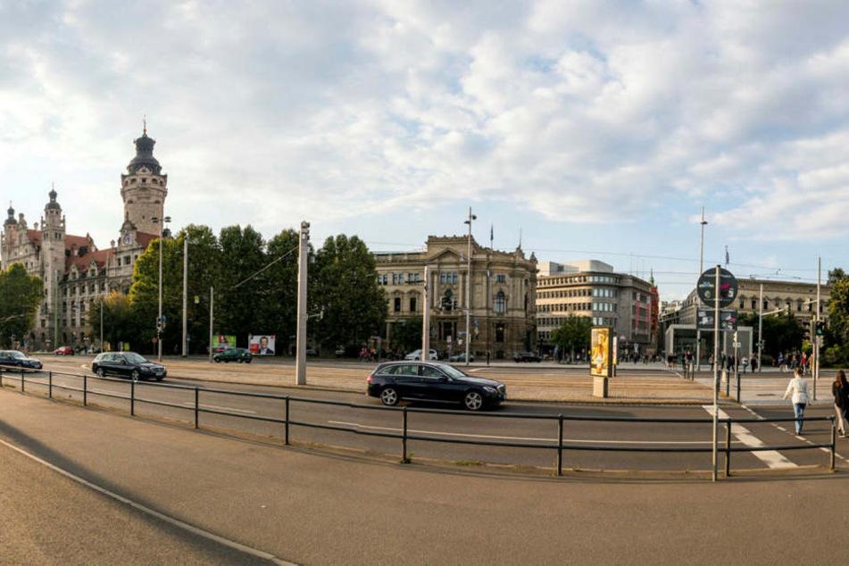 Unter anderem führt die Demo auch über den Wilhelm-Leuschner-Platz.