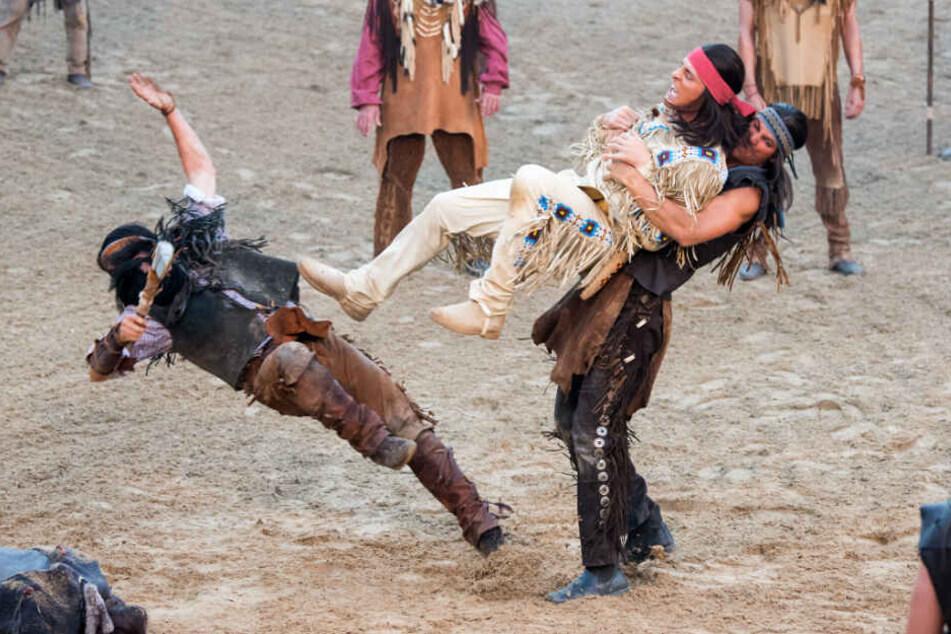 Alexander Klaws musste als Winnetou ordentlich zulangen.