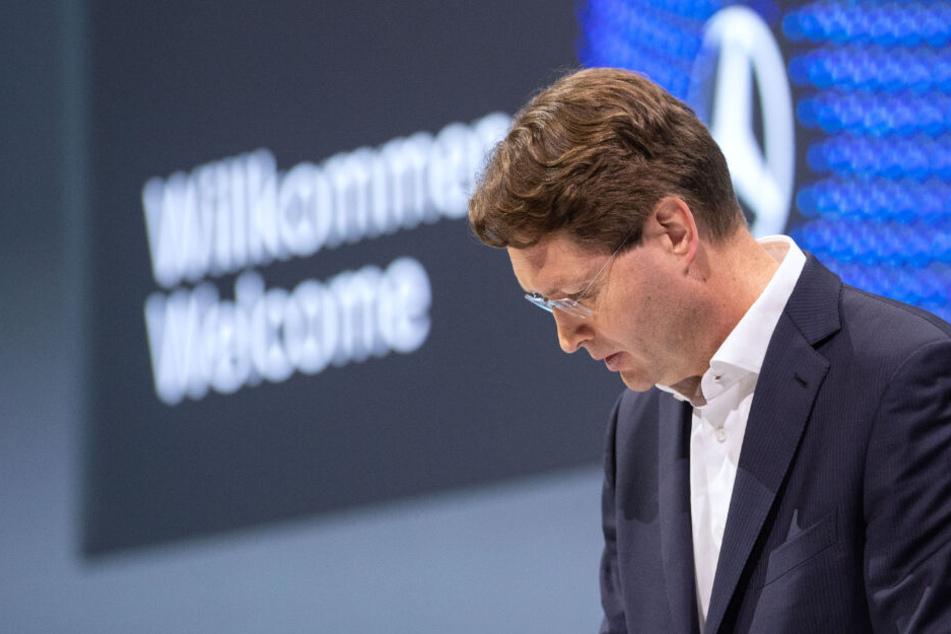 Daimler baut Führung der Autosparte um: Vorstand verlässt Konzern