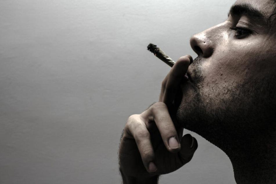 Mehrere Autofahrer sollen am Wochenende mit Drogen erwischt worden sein. (Symbolbild)