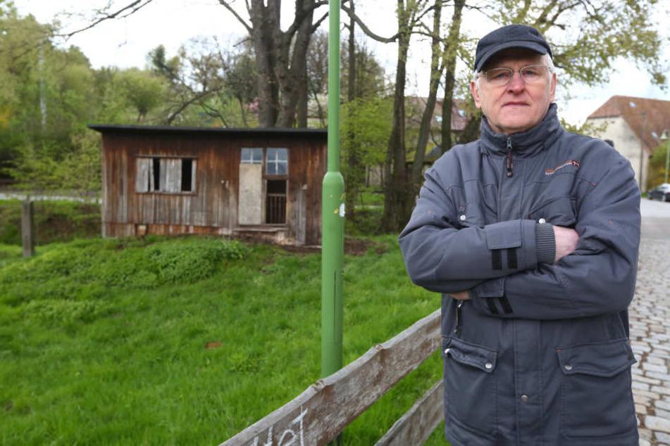 Heinz Kalley (65) ist entsetzt über den Wolfsangriff auf seine Schafsherde.  Fordert ein Umdenken in Sachen Wolfspolitik.