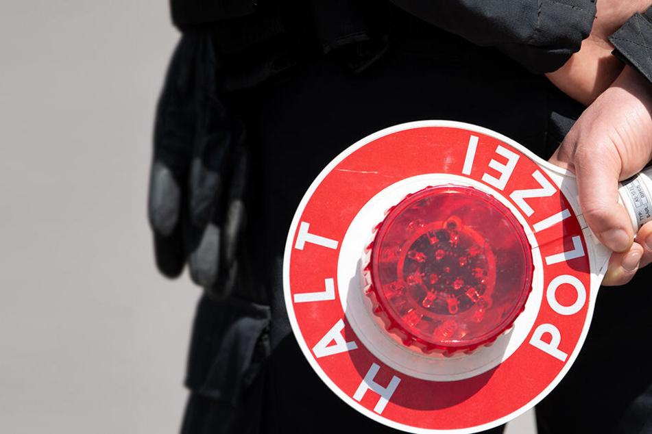 Knapp 2 Promille! Dresdner Polizei sucht Zeugen einer Suff-Fahrt
