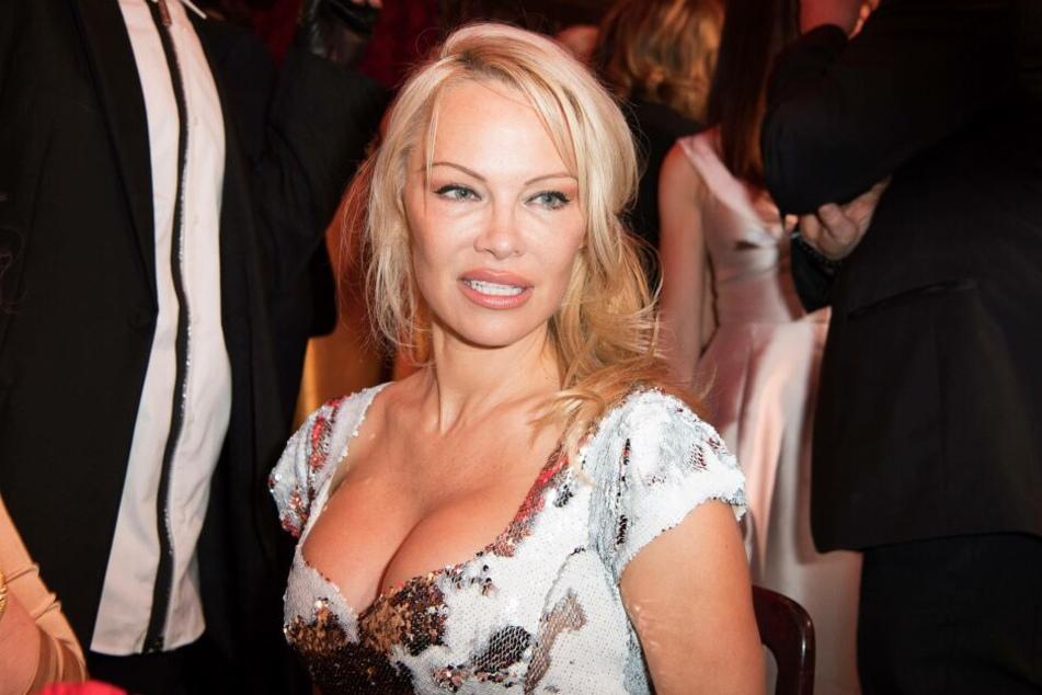 Einem Insider zufolge soll Pamela Anderson (51) am Dschungelcamp teilnehmen.