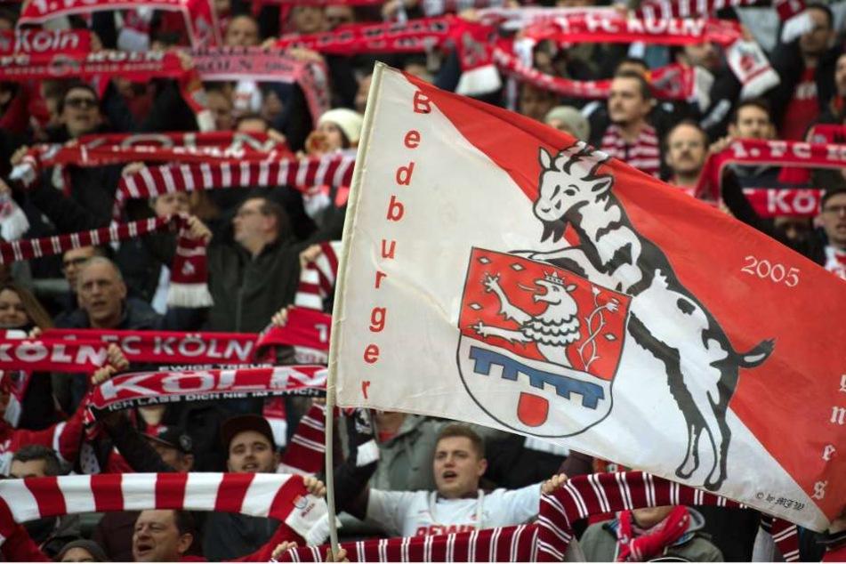 So mögen es Fußballfreunde am liebsten: Bundesliga-Fußball am Samstagnachmittag!