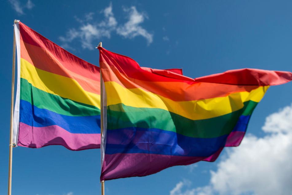 Die evangelische Landeskirche in Baden-Württemberg will keine Segnung homosexueller Paare. (Symbolbild)
