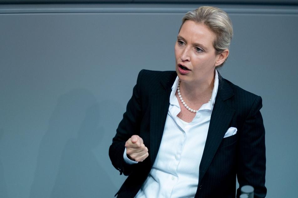 AfD-Chefin Alice Weidel (42) distanziert sich von Uwe Junge.