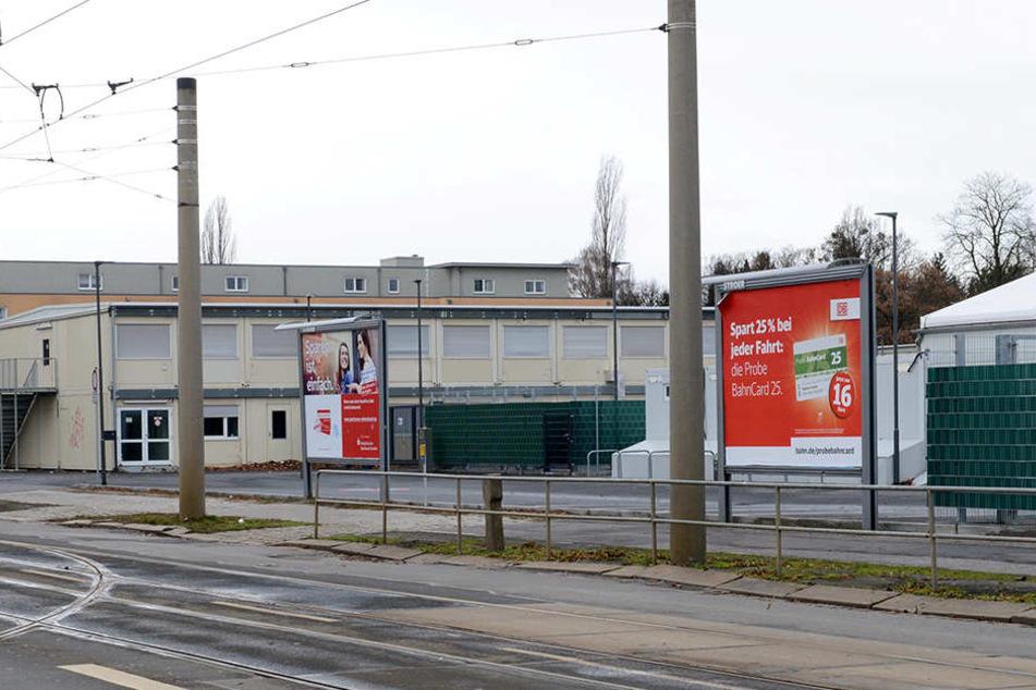 Die Erstaufnahmeeinrichtung des Freistaats an der Blasewitzer Straße sollte im Sommer 2016 in Betrieb gehen. Wenige Monate später wurde das Aus beschlossen.
