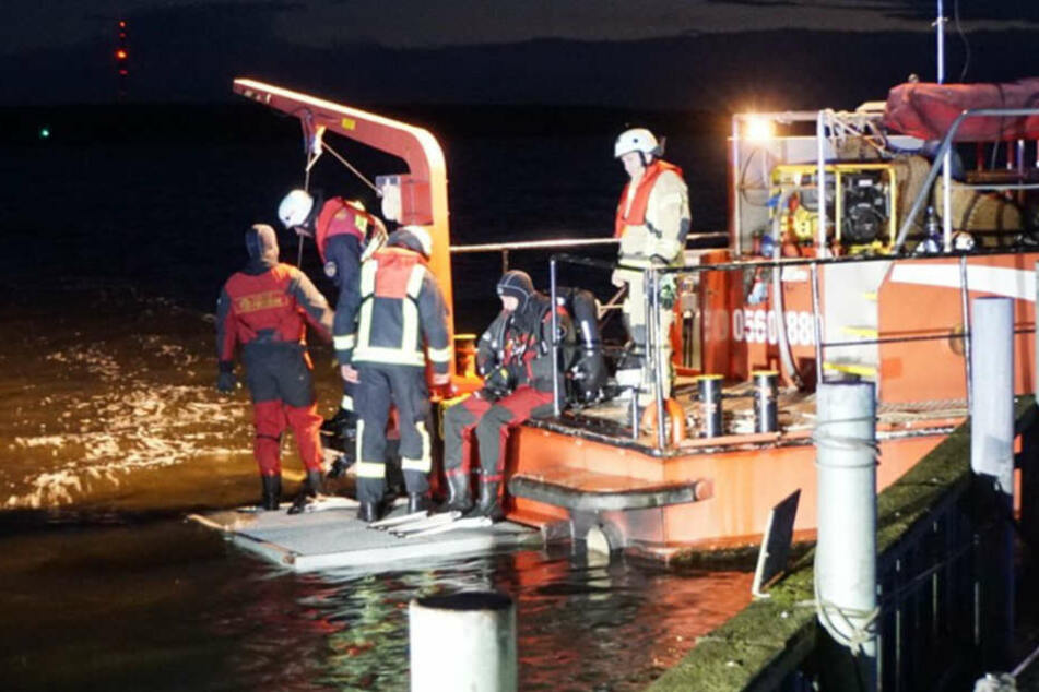 Tragisches Unglück! Boot kentert und Seglerin wird vermisst