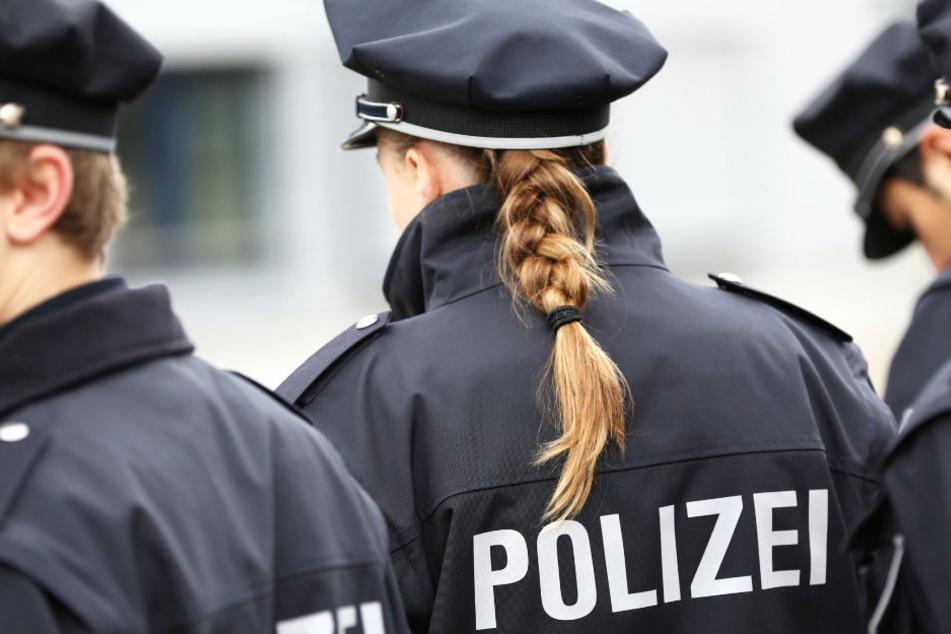Die Polizisten konnten den mutmaßlichen Haupttäter in seiner Wohnung festnehmen (Symbolbild).