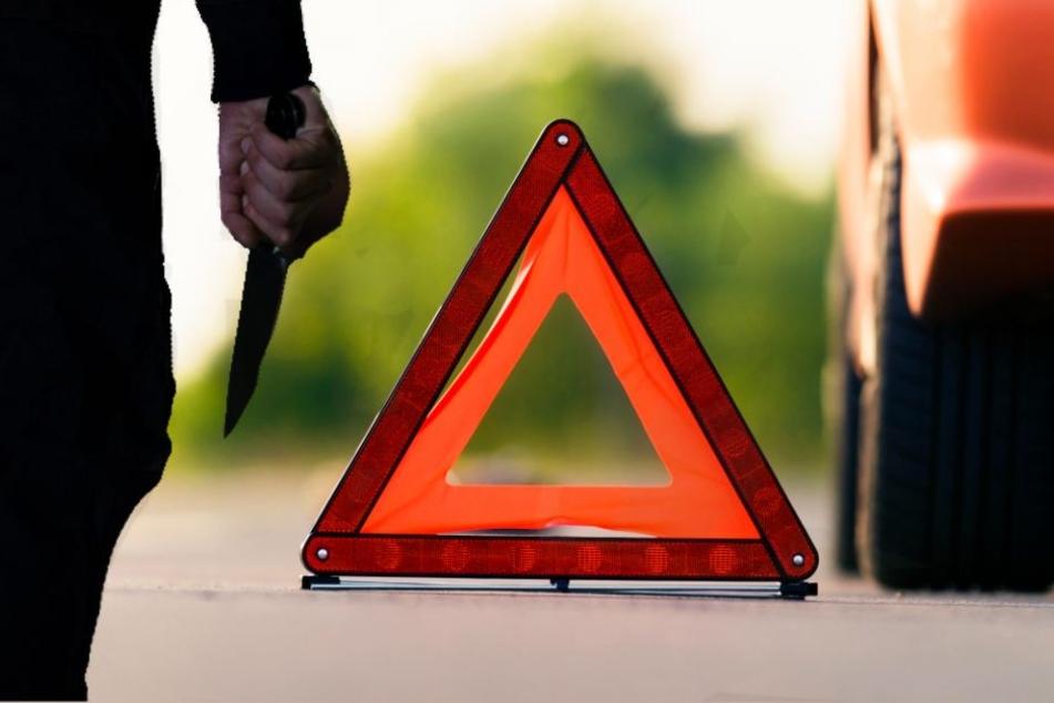 Autofahrer hält wegen Panne und wird mit Messer angegriffen