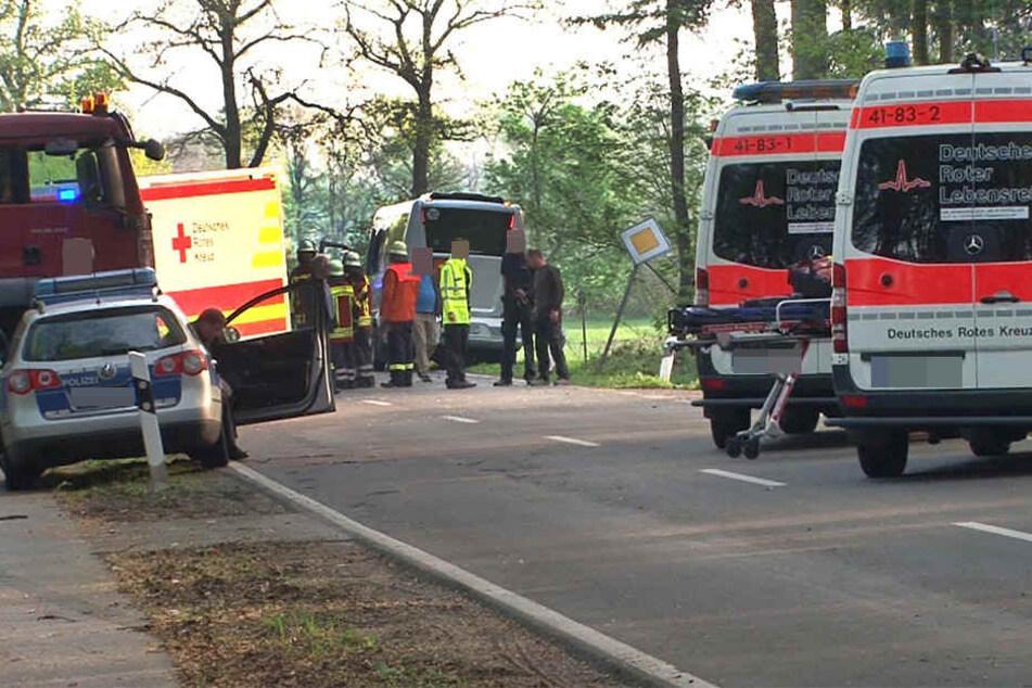 Der Motorradfahrer krachte zwischen Hasselfelde und Netzkater in Gegenverkehr. Er starb noch am Unfallort. (Symbolbild)
