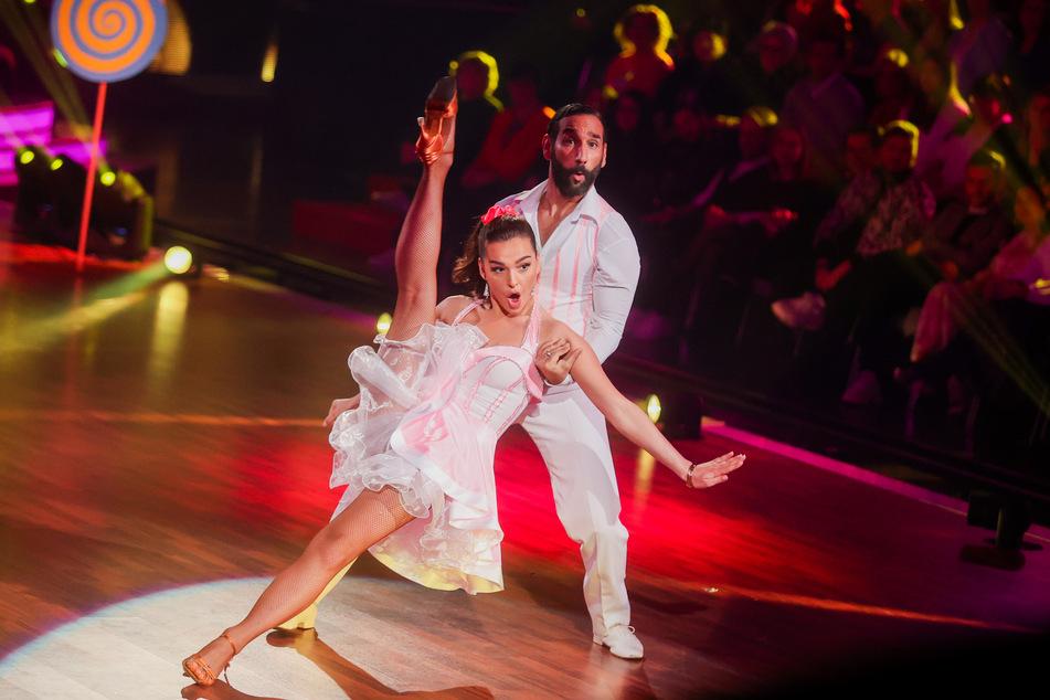 """Lili Paul-Roncalli, Artistin, und Massimo Sinato, Profitänzer, gehören bei """"Let's Dance"""" zu den Favoriten von Ekaterina Leanova."""
