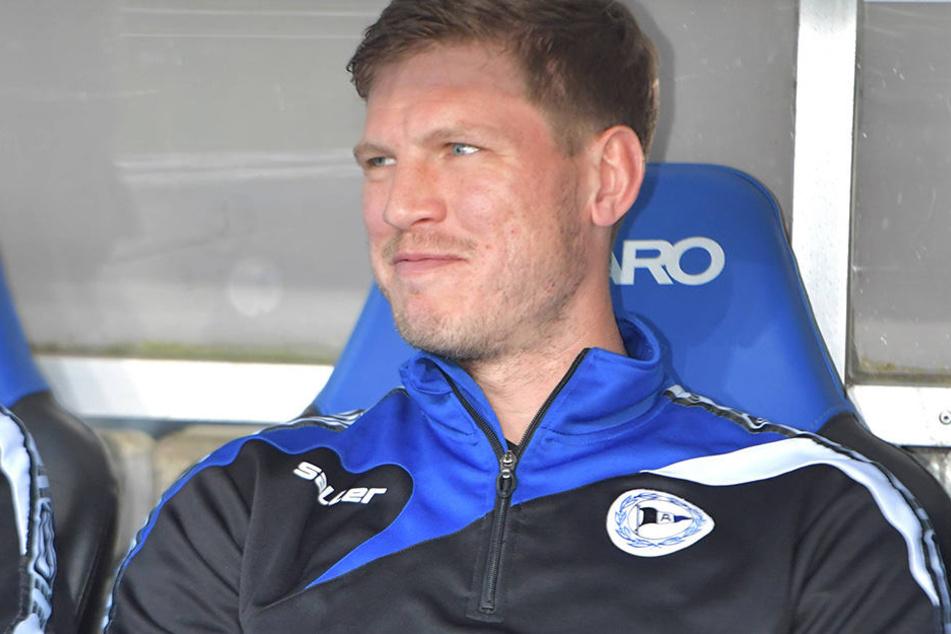 Fabian Klos auf der Bank: Er traf gegen Heidenheim zum zweiten Mal in seiner neuen Jokerrolle.